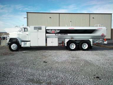 White Road Xpeditor Jet A Fuel Truck For Driverside Exterior Accessories Driversside